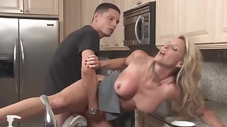 Stepson adjacent to unrefined cock fucks his mature stepmom in the kitchenette