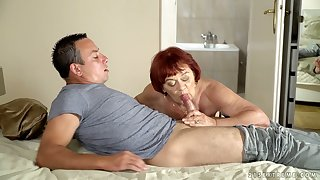 Heavy wrinkled full-grown cowgirl Marsha deserves banging from servants'