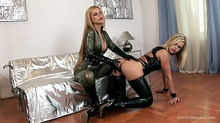 Bitchy mistress sin sexy latex undergarments Wivian fucks duteous chick