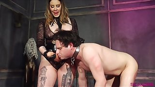 Pretext Domme introduces her slave to her huge phallus