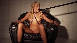 Full fucking machine porn scenes for a slaved blonde